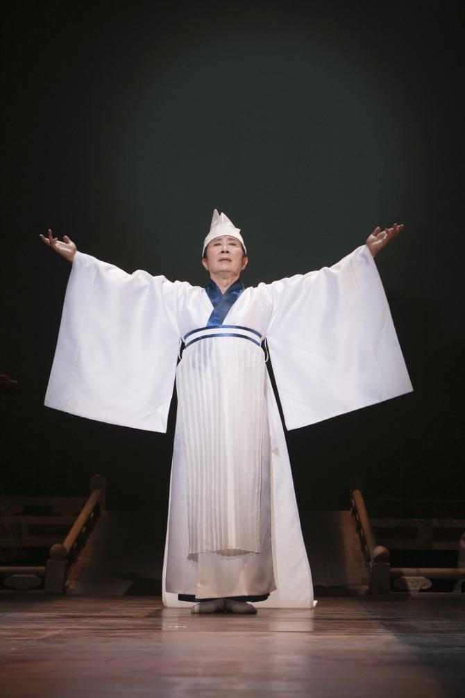 국수호 연출·안무·출연의 '미마지의 무악'