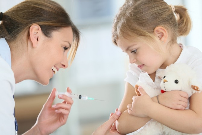 사람에게 예방접종을 통해 병을 예방하듯이 가치나 제도도 단점을 노출시키면서 장점을 강조해야 제도를 지킬 수 있다. 자료=글로벌이코노믹
