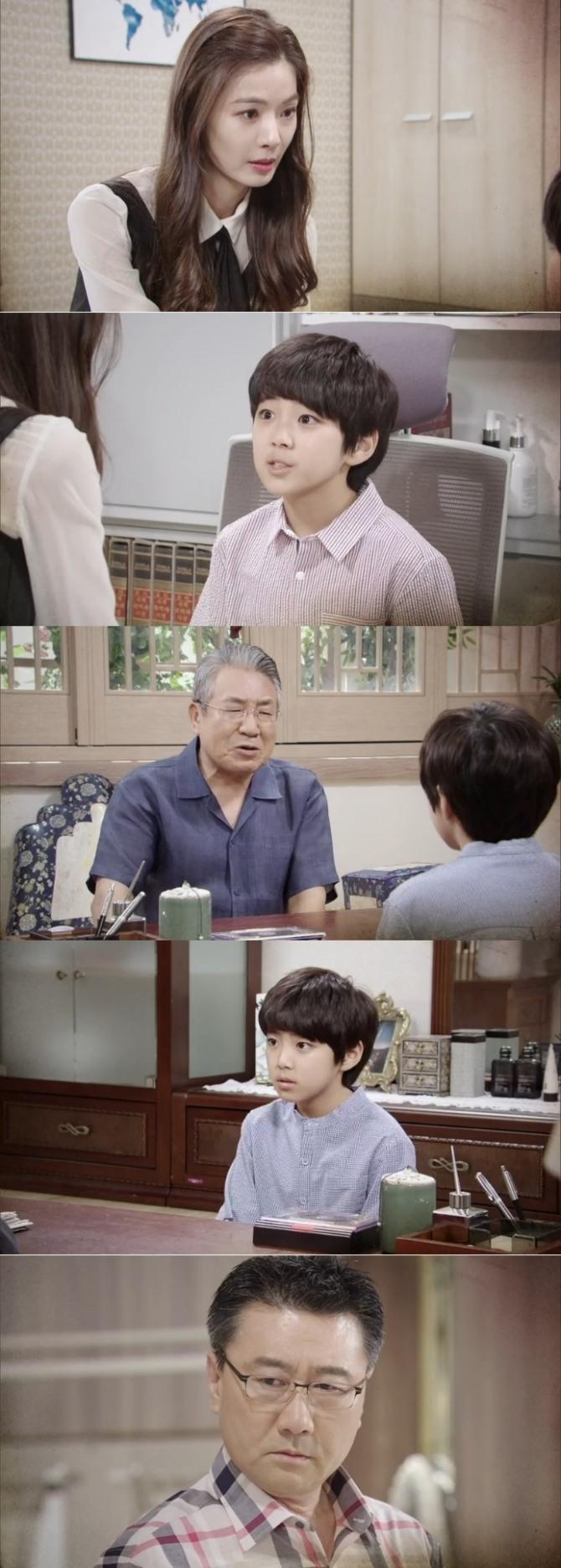 12일 오후 방송되는 KBS2TV 일일드라마 '태양의 계절'(극본 이은주, 연출 김원용) 49회에는 최태준(최정우 분)의 계략에 말려 든 윤시월(윤소이 분)이 아들 지민이와 생이별을 앞둬 긴장감을 고조시킨다. 사진=KBS2TV '태양의 계절' 49회 예고 영상 캡처
